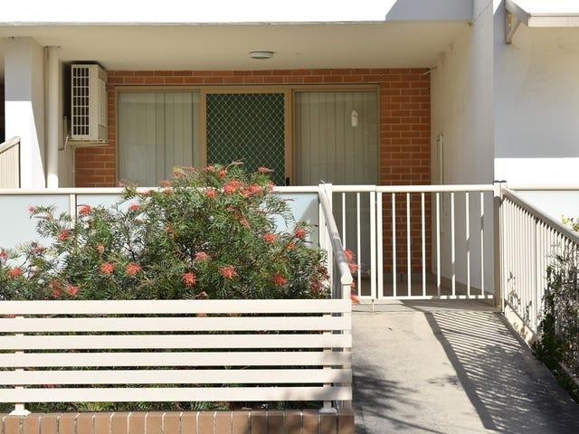 2/12-14 Lydbrook street, Westmead, NSW 2145