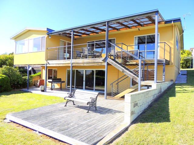 36 Steel Street, Scamander, Tas 7215