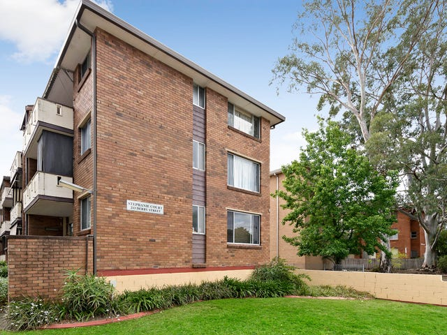 2/213 Derby Street, Penrith, NSW 2750
