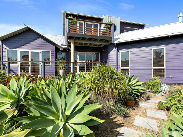 11 Norman Drive, Cowes, Vic 3922