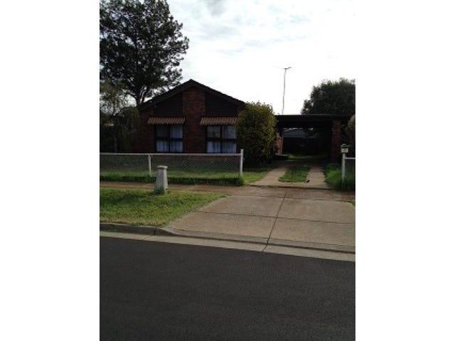 7 Bourke Road, Melton South, Vic 3338