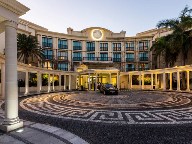 Condo 'Palazzo Versace' Seaworld Drive, Main Beach, Qld 4217