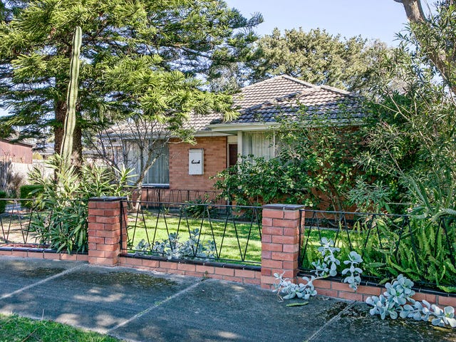 8 Creek Court, Eumemmerring, Vic 3177