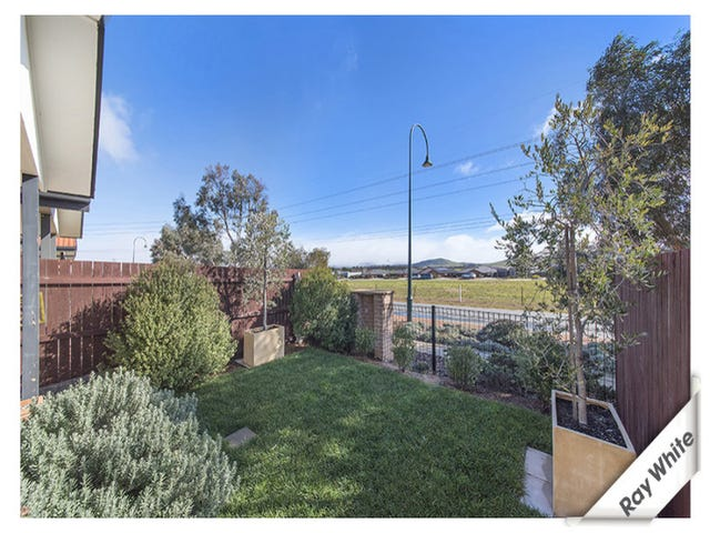 11/68 Eccles Circuit, MacGregor, ACT 2615