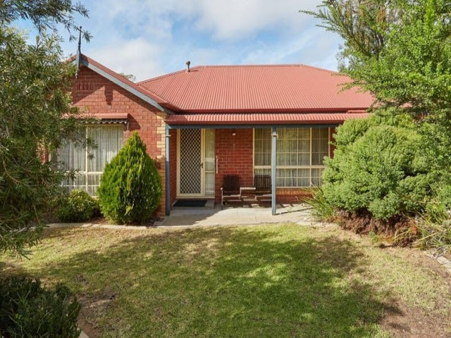 1 Noel Place, Spring Gully, Vic 3550