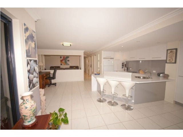 2/203 Mathew Flinders Drive, Cooee Bay, Qld 4703