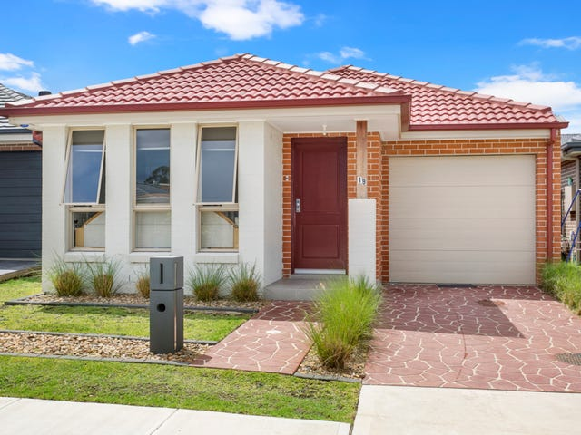 19 Colman Close, Ropes Crossing, NSW 2760