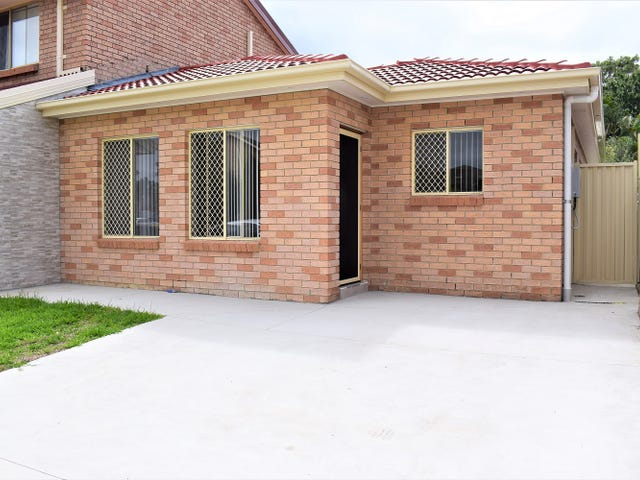 2a Dalpra Crescent, Bossley Park, NSW 2176