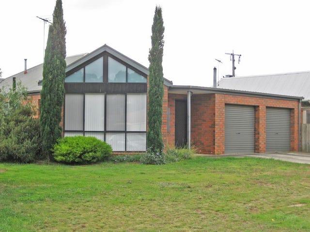 17 Sherwood Grove, Lara, Vic 3212