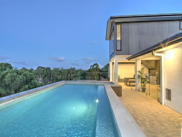 17 Azure Court, Dundowran Beach, Qld 4655