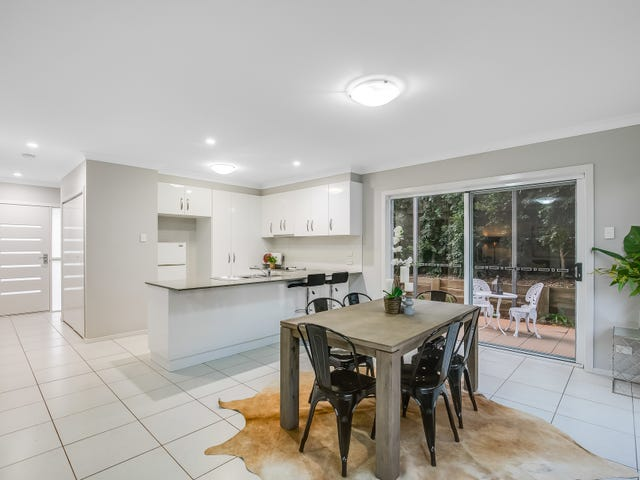 2/5 Messines Street, Harlaxton, Qld 4350
