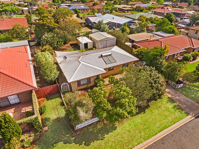 22 Hibiscus Drive, Centenary Heights, Qld 4350
