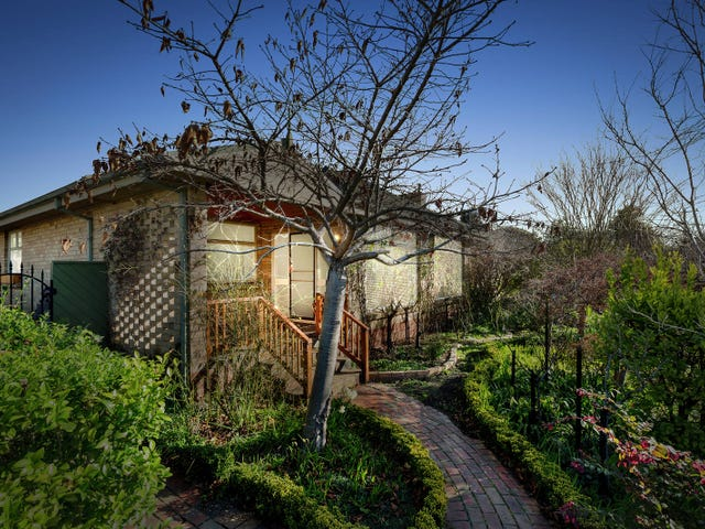 104 Husband Road, Forest Hill, Vic 3131