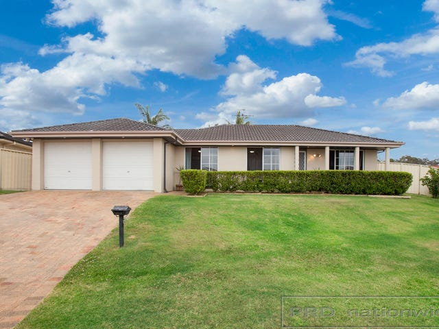 12 Parkside Crescent, Thornton, NSW 2322
