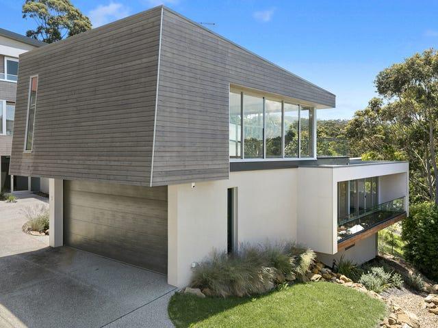 2/8 Hopetoun Terrace, Lorne, Vic 3232