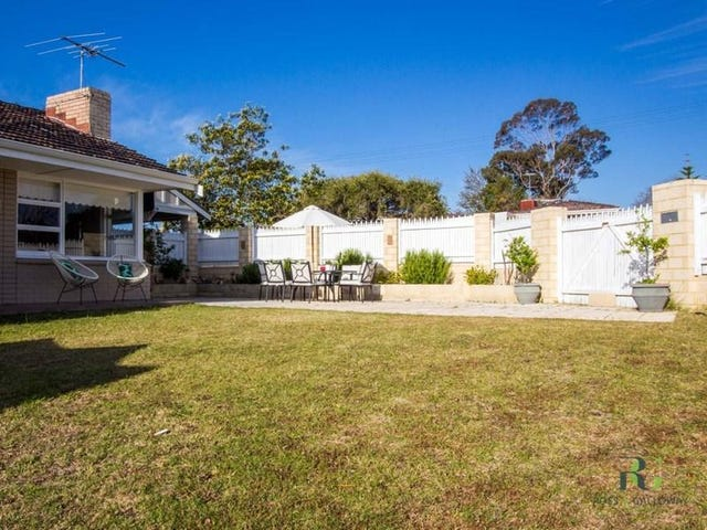 137 Kitchener Road, Alfred Cove, WA 6154