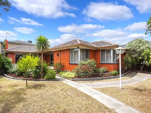 18 Westminster Drive, Avondale Heights, Vic 3034