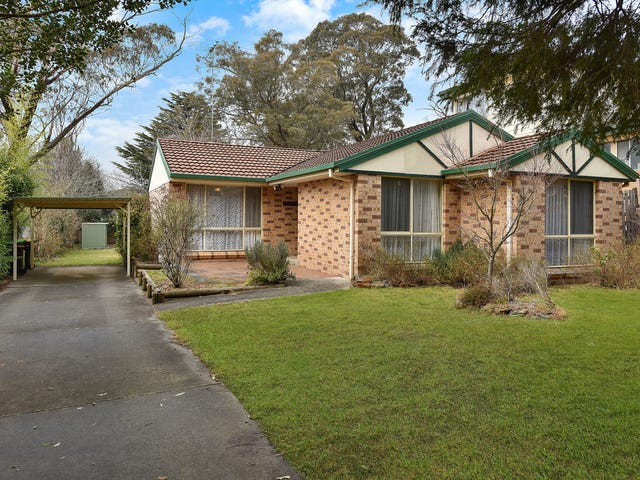 41 Paris Parade, Katoomba, NSW 2780