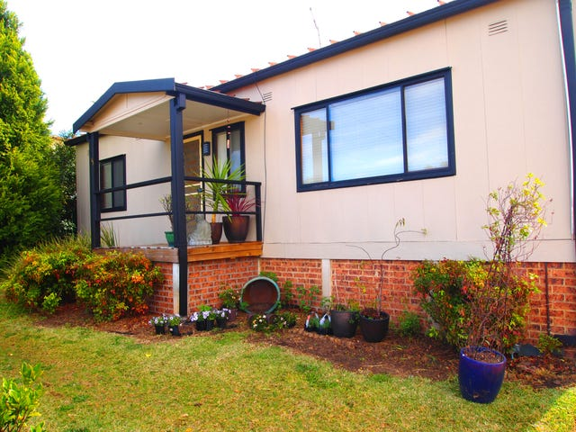 33 First Street, Warragamba, NSW 2752