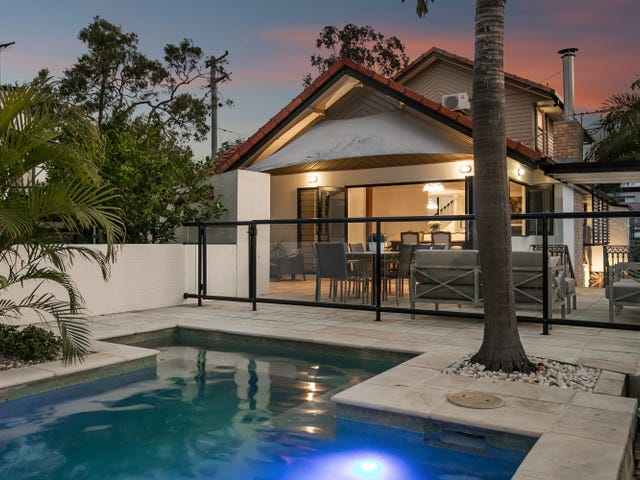 122 Central Avenue, St Lucia, Qld 4067