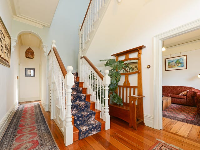 9 Petty Street, West Hobart, Tas 7000