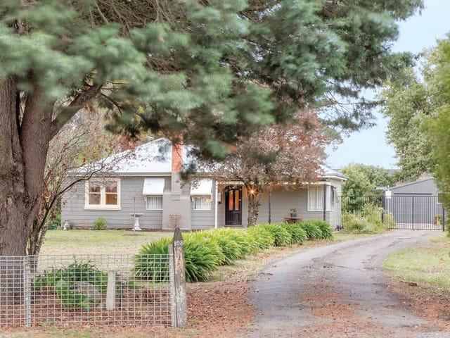 108 Smythes Road, Delacombe, Vic 3356