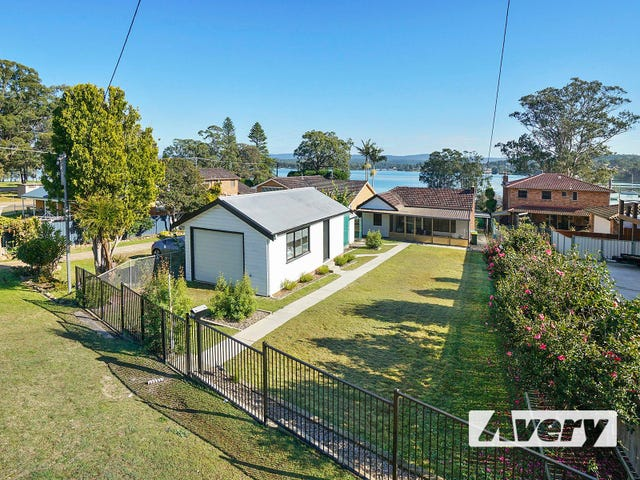 183 Bay Road, Bolton Point, NSW 2283