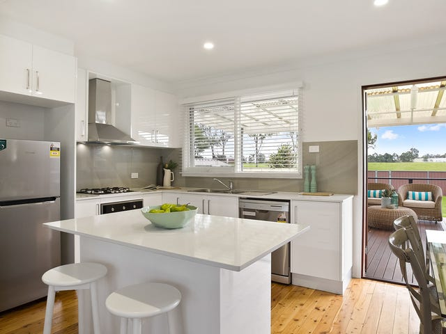 37 Woodlawn Drive, Toongabbie, NSW 2146