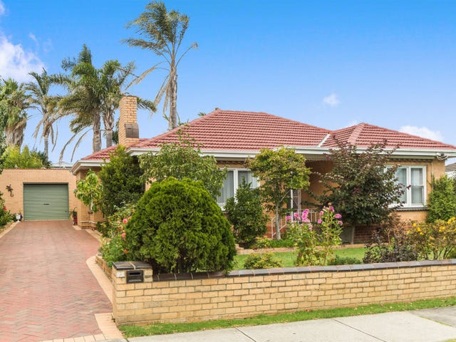 22 Vale Street, Mornington, Vic 3931