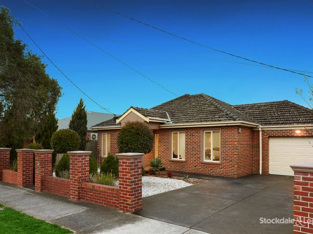 40 Watt Avenue, Oak Park, Vic 3046