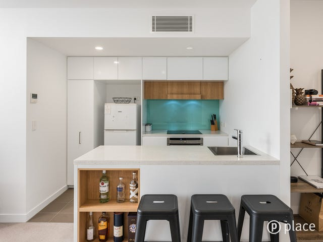 705/113 Commercial Road, Teneriffe, Qld 4005