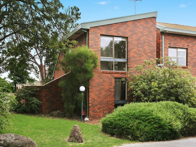 1/196 Surrey Road, Blackburn, Vic 3130