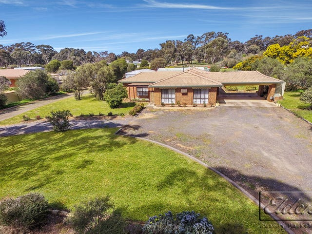 64 Patas Road, Maiden Gully, Vic 3551