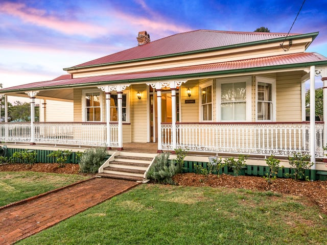 11 Potter Street, South Toowoomba, Qld 4350