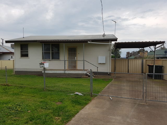 19 Stewart Avenue, Tamworth, NSW 2340