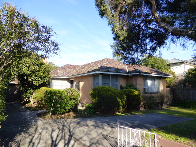 100 Main Hurstbridge Road, Diamond Creek, Vic 3089