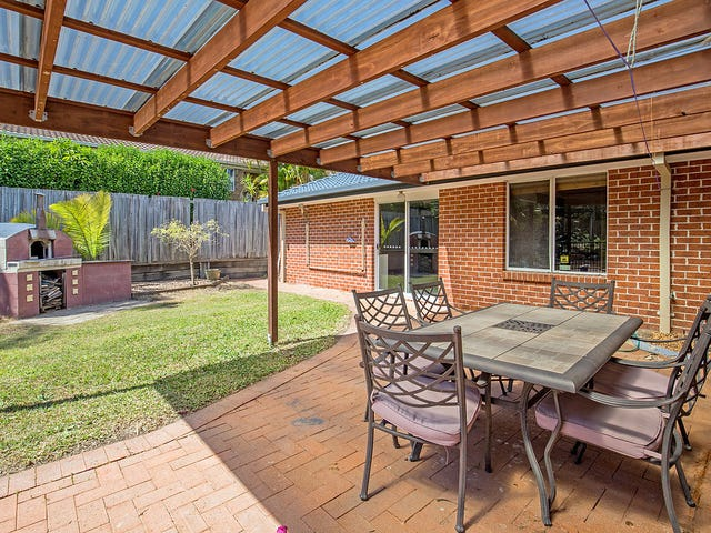 28 Henry Cotton Drive, Parkwood, Qld 4214