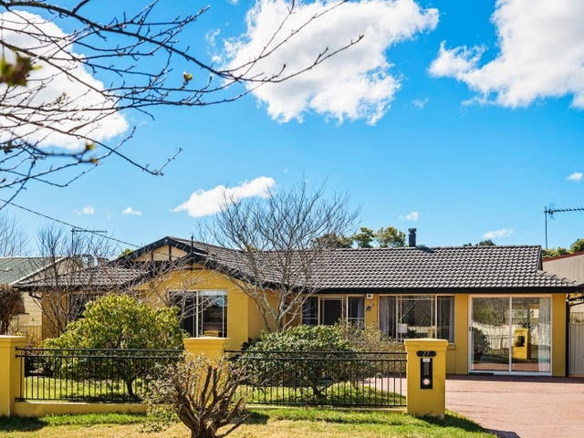27 Shackleton Street, Robertson, NSW 2577