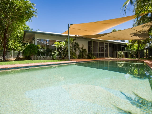 6 St Andrews Place, Desert Springs, NT 0870