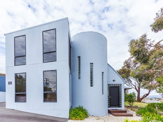 36 Roberts Crescent, Newnham, Tas 7248