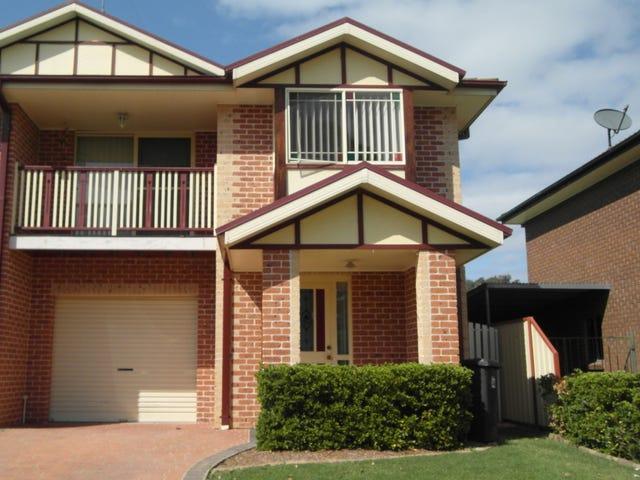 2/36 Hunter Street, McGraths Hill, NSW 2756
