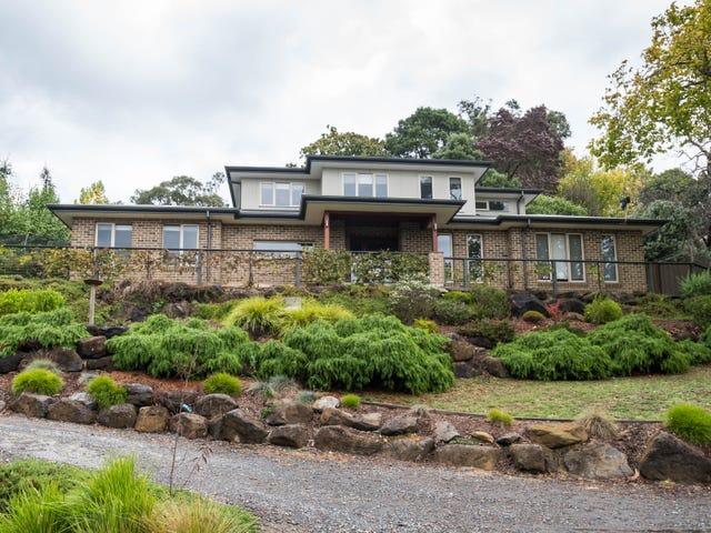 16 Kerr Crescent, Montrose, Vic 3765