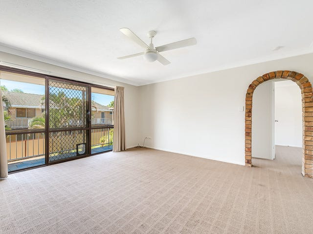 5/3 Angie Court, Mermaid Waters, Qld 4218
