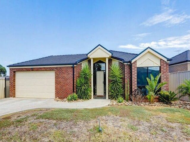 25 Christina Crescent, Kurunjang, Vic 3337