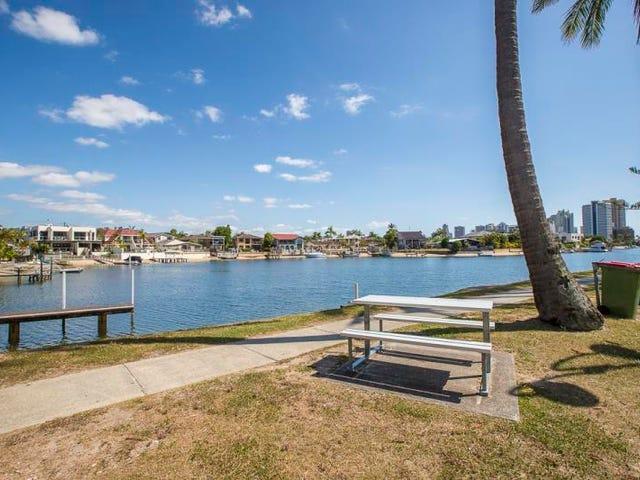 1/2 Sunrise Boulevard, Surfers Paradise, Qld 4217