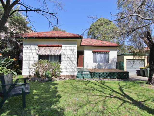15 NEWTON STREET, Guildford, NSW 2161