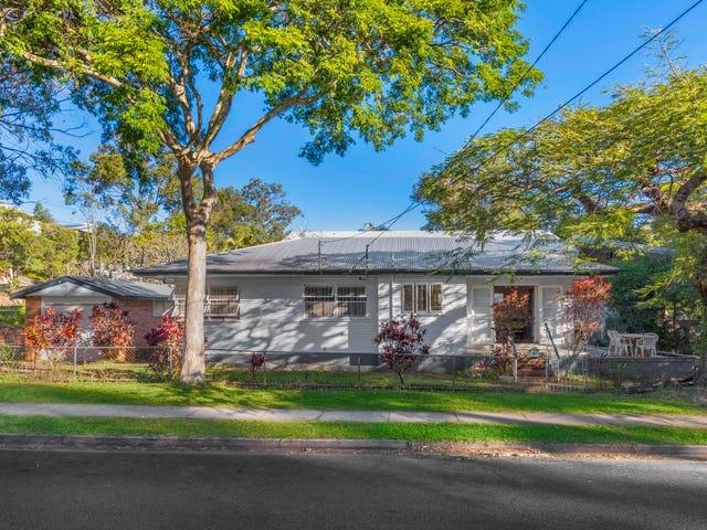 11 Raglan Street, St Lucia, Qld 4067