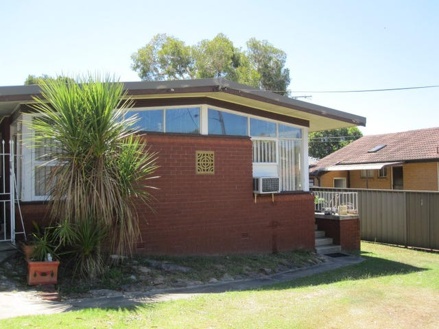 3 Tinakill Avenue, Engadine, NSW 2233