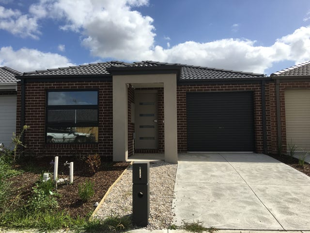 34 Copper Beech Road, Beaconsfield, Vic 3807