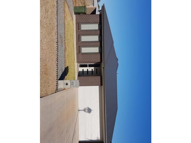 11 Custance Avenue, Whyalla Jenkins, SA 5609